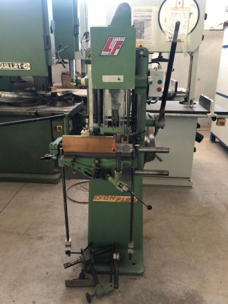 Used chain mortiser LYONFLEX F 2084